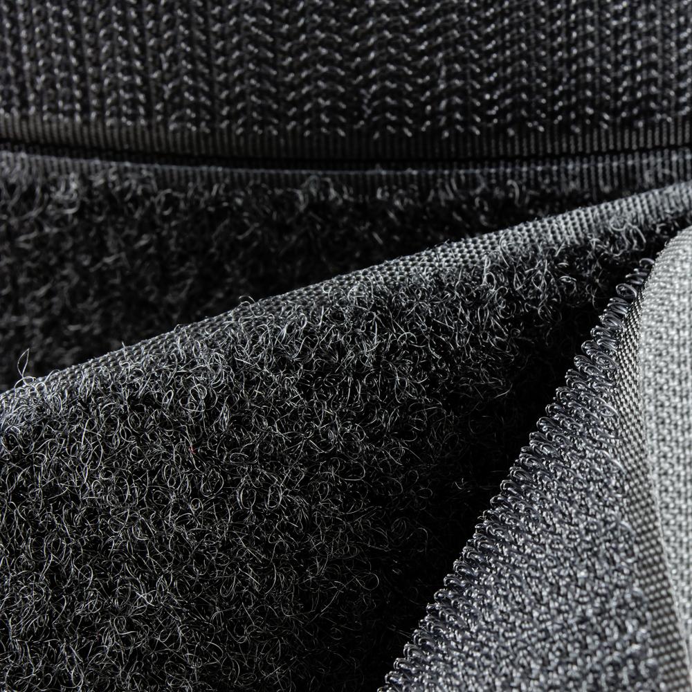 roll-black-detail.jpg