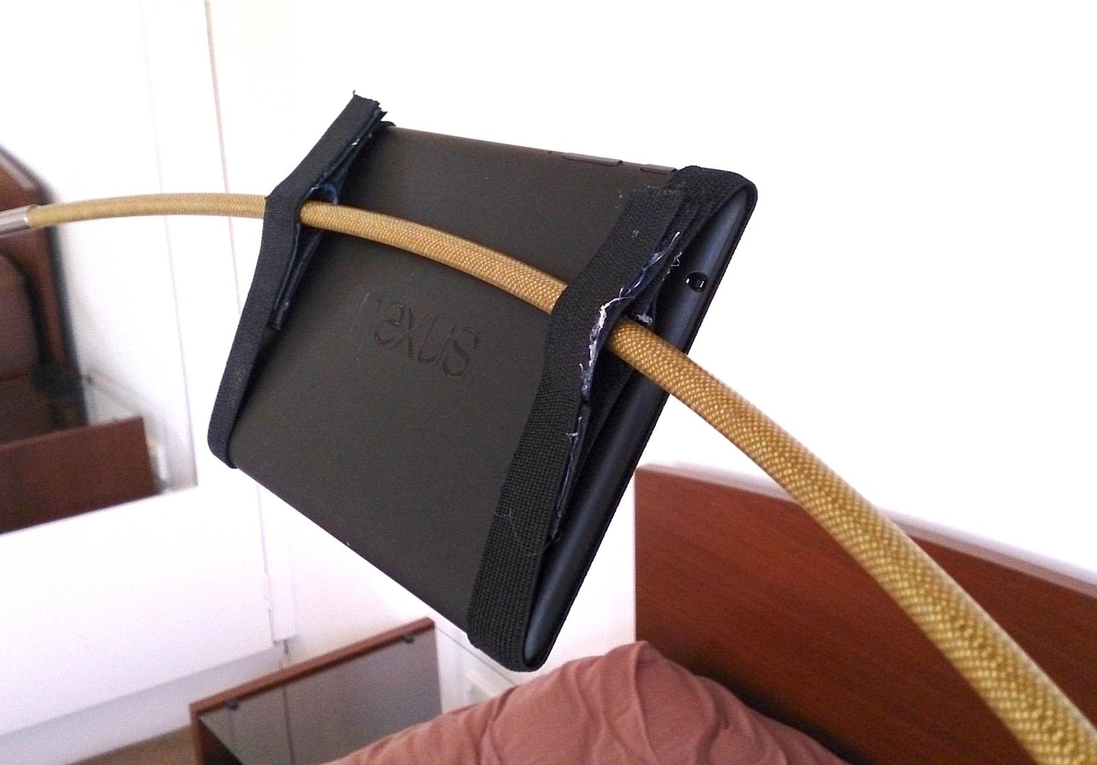 BedsideTablet01.jpg